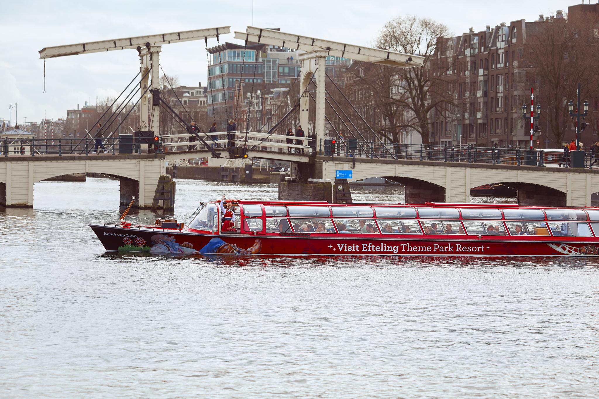 De Efteling rondvaartboot in Amsterdam